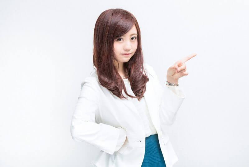 河村友歌さんの白衣っぽい素材