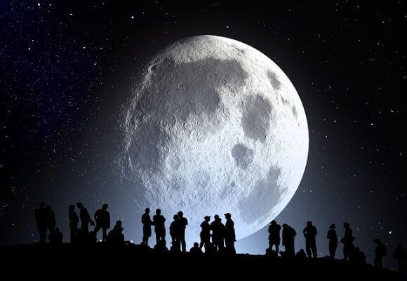 月と旅行の無料素材