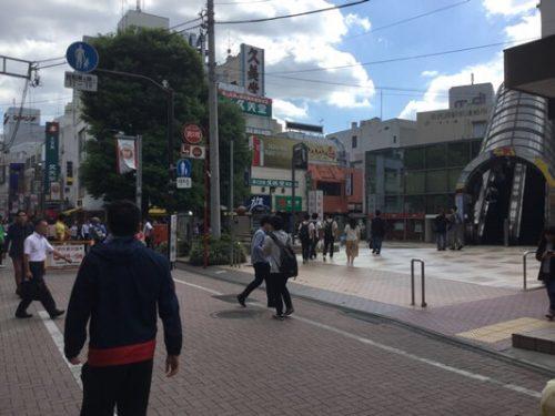 町田駅のカリヨン広場