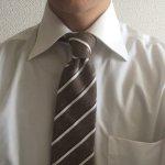 ボッゾーロのネクタイを締めたところ