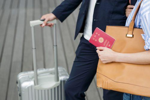 スーツケースと旅行
